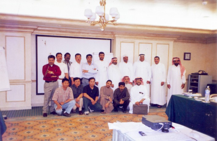 Group Photo of Attendes and Speaker
